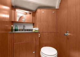 Segelboot-Bavaria 41 Cruiser 2016t toilet