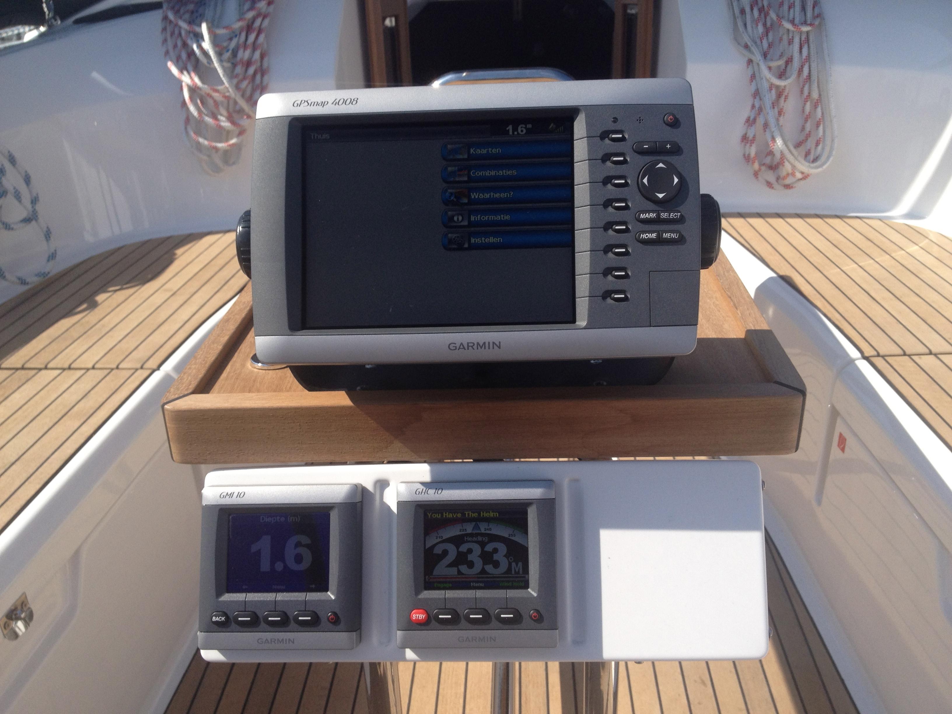 Ausstattung Yachtcharter Enkhuizen